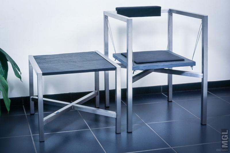 M. Grosse-Lohmann GmbH - Stuhl mit Beistelltisch